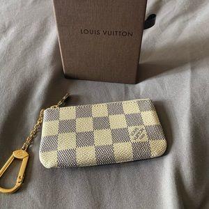 Louis Vuitton key pouch cles